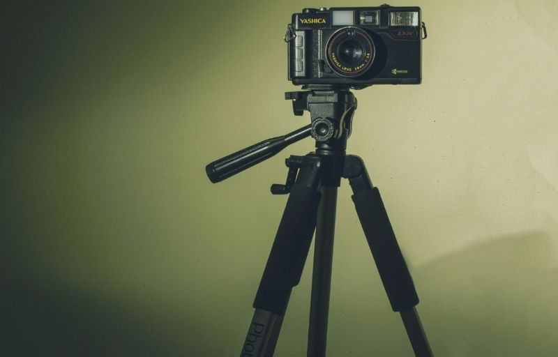 8 Best DIY Tripod Alternatives For Photographers To Try Today