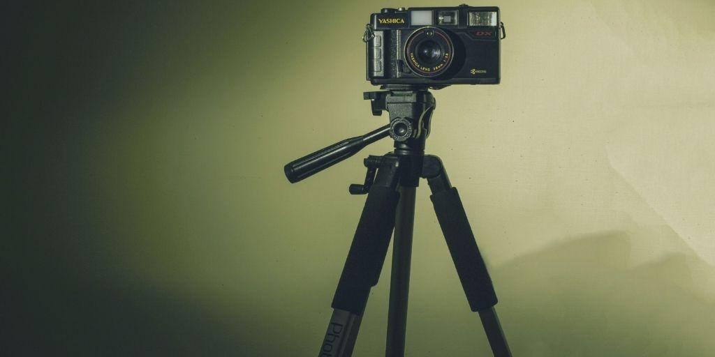 8 Best DIY Tripod Alternatives For Photographers