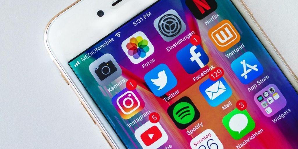social-commerce-trends-august-2020